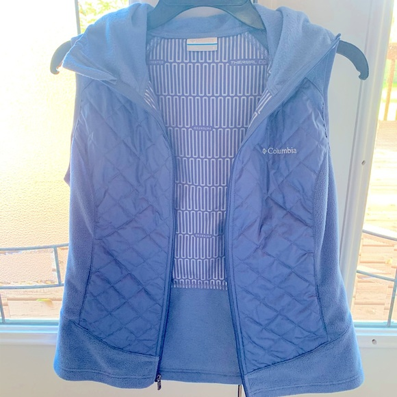 Light blue Columbia Women's Thermal Vest